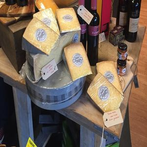 Het Verschil Kaas en Delicatessen image 2