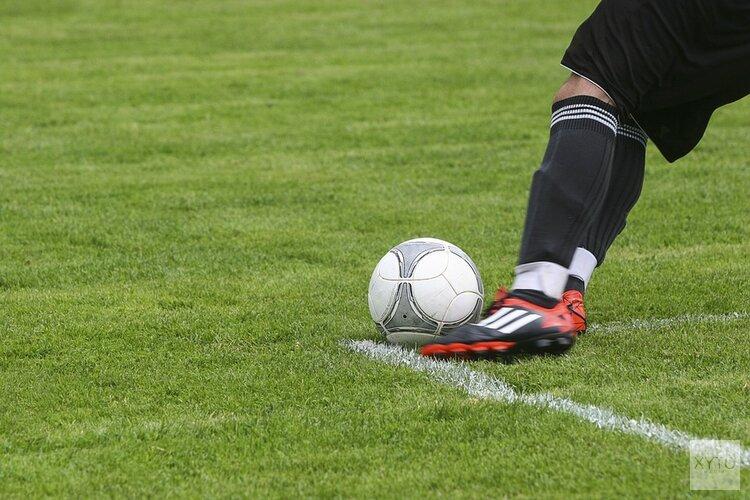 Hollandia en HSV Sport winnen, Always Forward onderuit