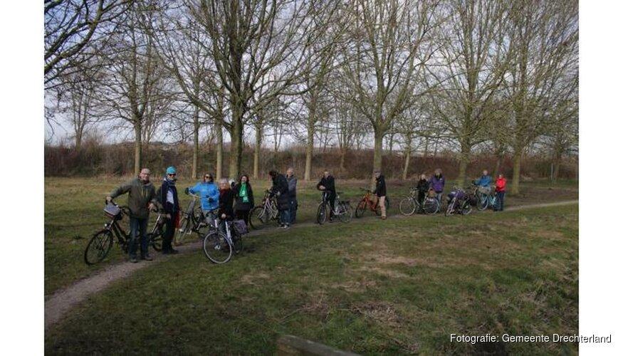 Gebruiksvriendelijk dorpsbos en groene wandelroute in Hoogkarspel
