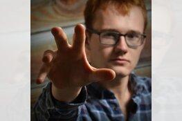 Solovoorstelling 'Mijn Spiegelbeeld en Ik' in De Brink te Obdam
