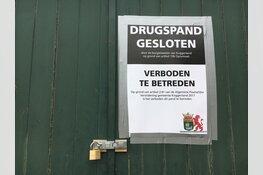 Burgermeester sluit schuur met drugs in Spierdijk