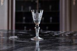 Westfries Museum krijgt zeldzame collectie glazen geschonken
