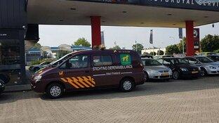 "Dierenambulance West-Friesland rijdt weer: ""Bus is picobello!"""