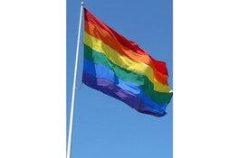 Roze Week Westfriesland: hijs de regenboogvlag!