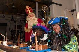 Pakjesfabriek Sinterklaas in Stoommachinemuseum