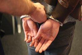Medemblikker (22) opgepakt voor neersteken van 20-jarige man op kermis in Schagen