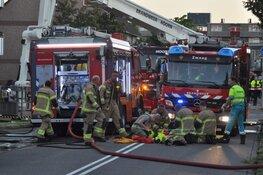 Dode bij zeer grote brand in appartementencomplex Hoorn