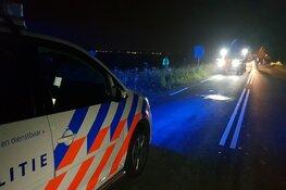 Auto belandt in sloot langs A.C. De Graafweg