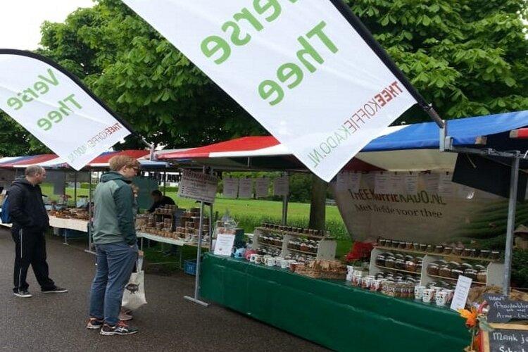 Theekoffiekado.nl op vele markten tijdens Augustus vakantiemaand