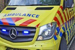 Fietser gewond na aanrijding met auto op rotonde in Wognum