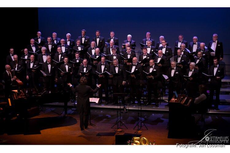 Urker Zangers zingen 25 april in Andijk
