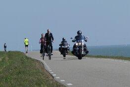 """Bewoners Venhuizen zijn motorrijders spuugzat: """"De wanhoop nabij"""""""