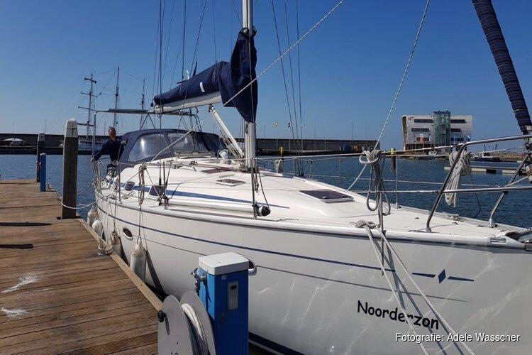 Door Huizers gestolen zeilboot uit haven Enkhuizen teruggevonden in Gelderland