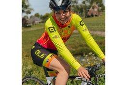Maaike Boogaard als eerste Nederlandse profwielrenster weer in actie