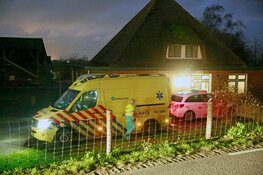 Auto te water gereden in Obdam, één gewonde