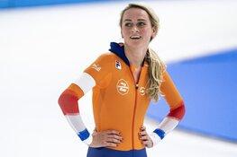 Irene Schouten wint 3000 meter op EK Allround en blijft in spoor Antoinette de Jong